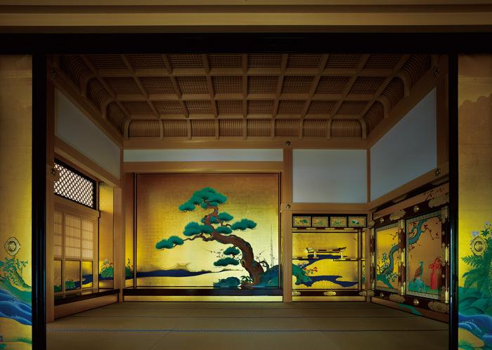 Cung điện Honmaru lộng lẫy