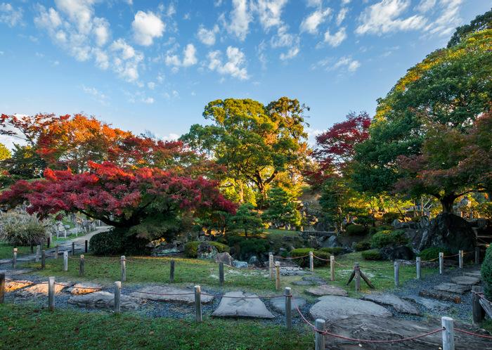 Khuôn viên bên trong thành cổ Nagoya
